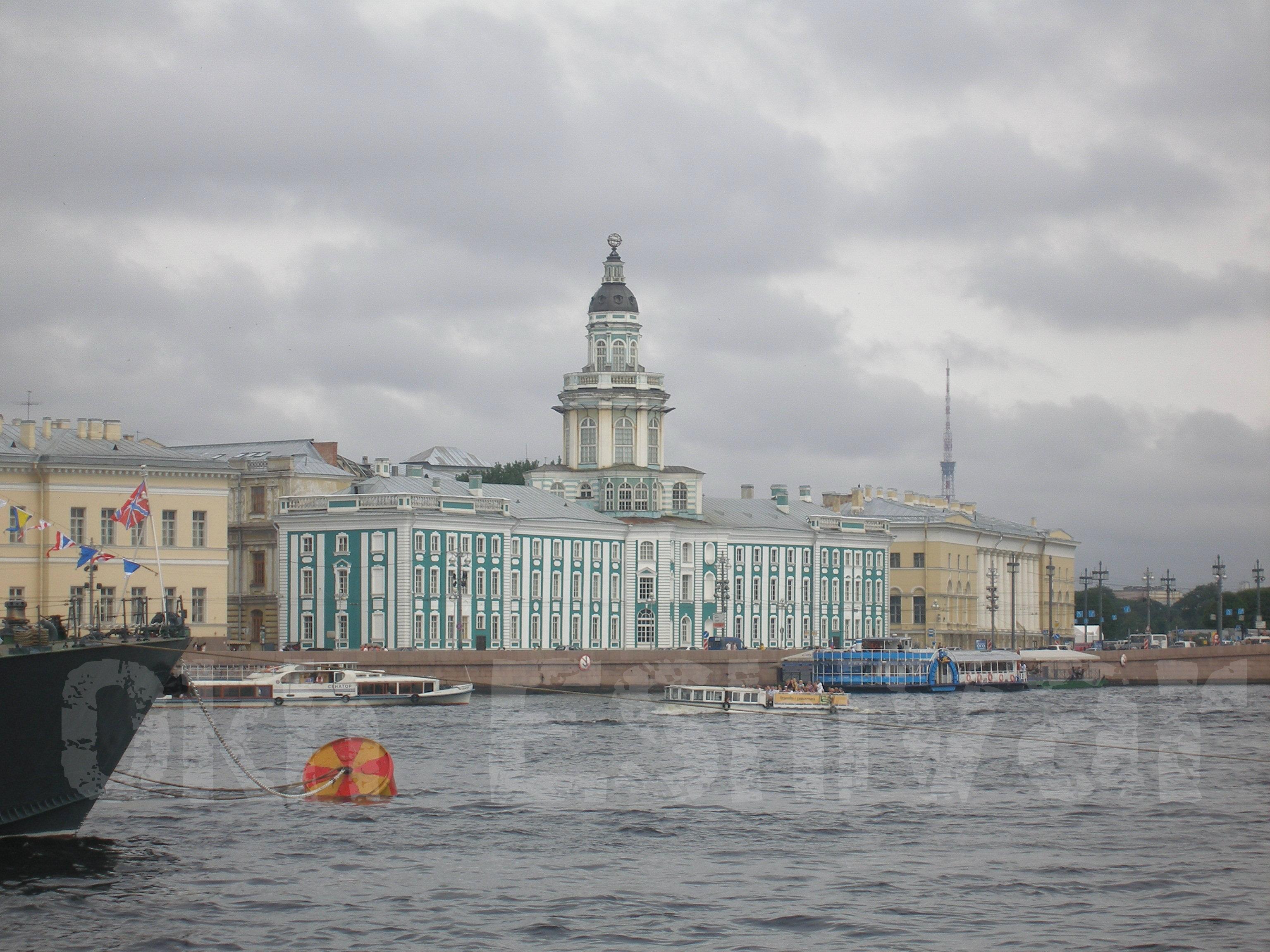 Neva River Palace2